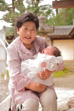 初宮参り家族写真 記念写真出張撮影 お祝い撮影