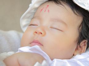 主役は赤ちゃん 泣いてても眠っていても