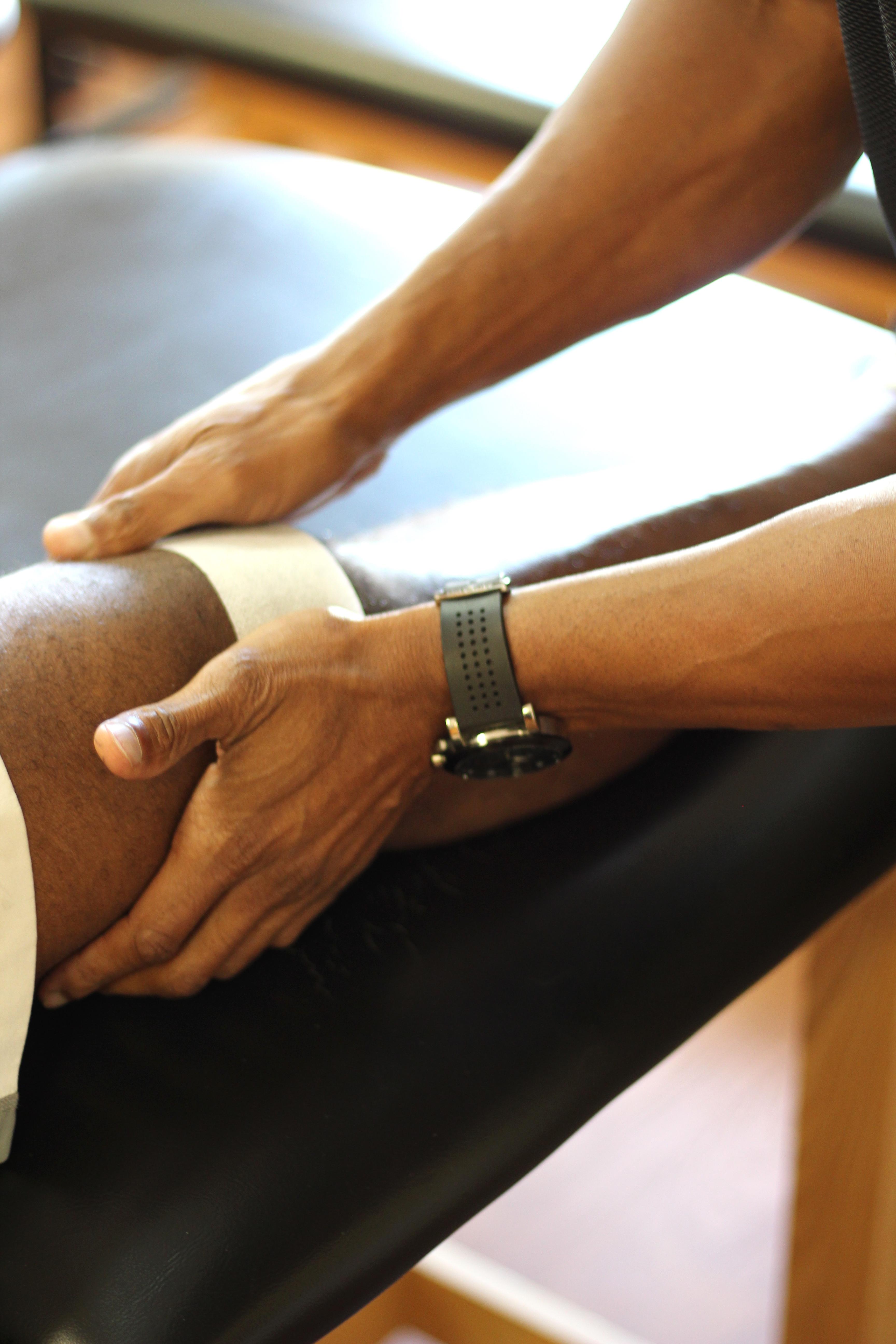 Taping knee