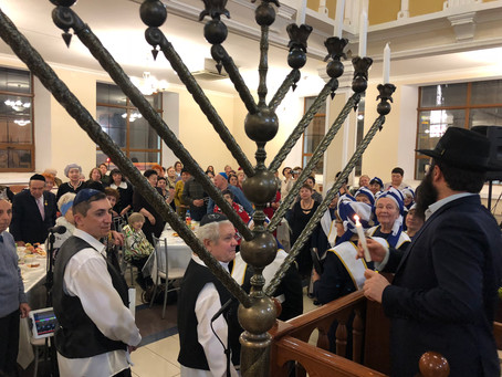Chanukah Celebrated by Holocaust Survivors and Veterans