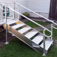Stairs w/Gate