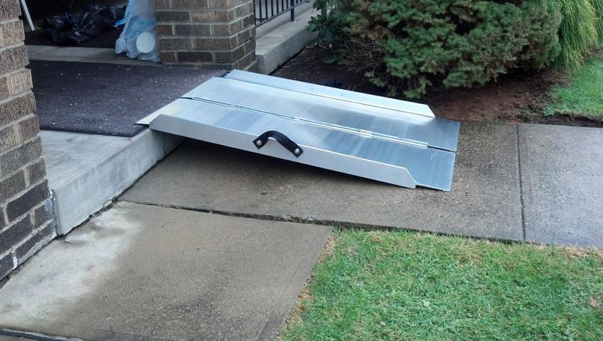 Portable Folding Ramp