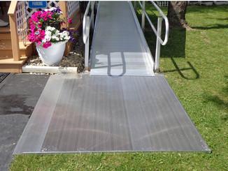 Modular Residential Ramp with Ground Platform