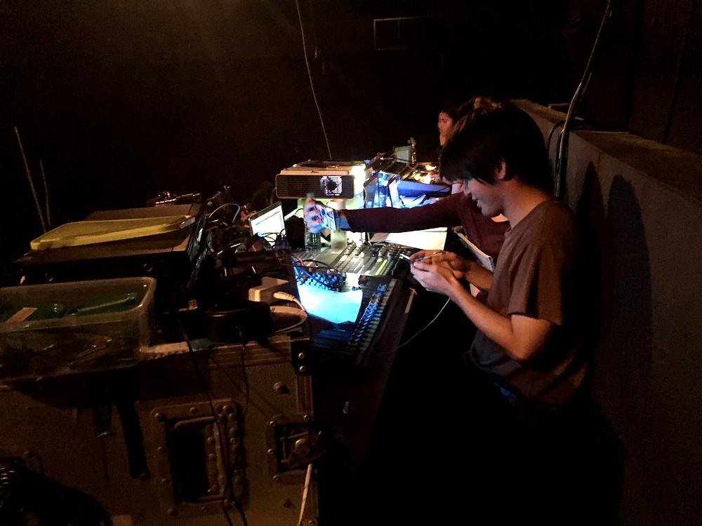 เข้าโรงละคร น้องๆ เตรียม Sound Check
