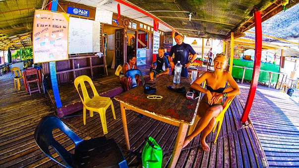 Good vibes in the dive shop!