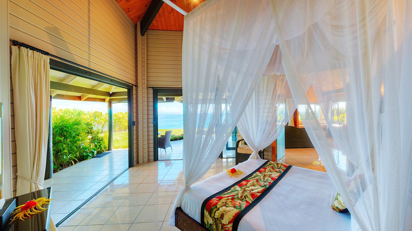 Luxury Ocean Front Villa Spacious