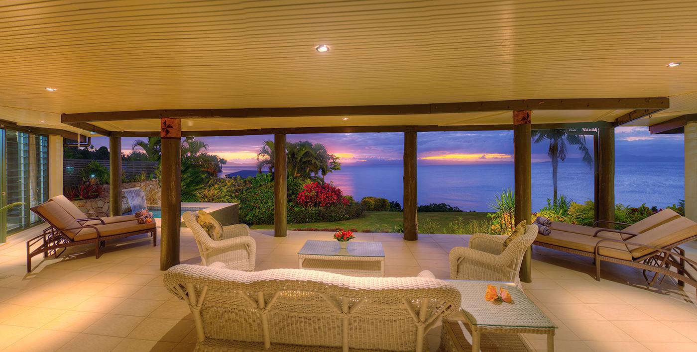 Grand Matalau Luxury Villa Living