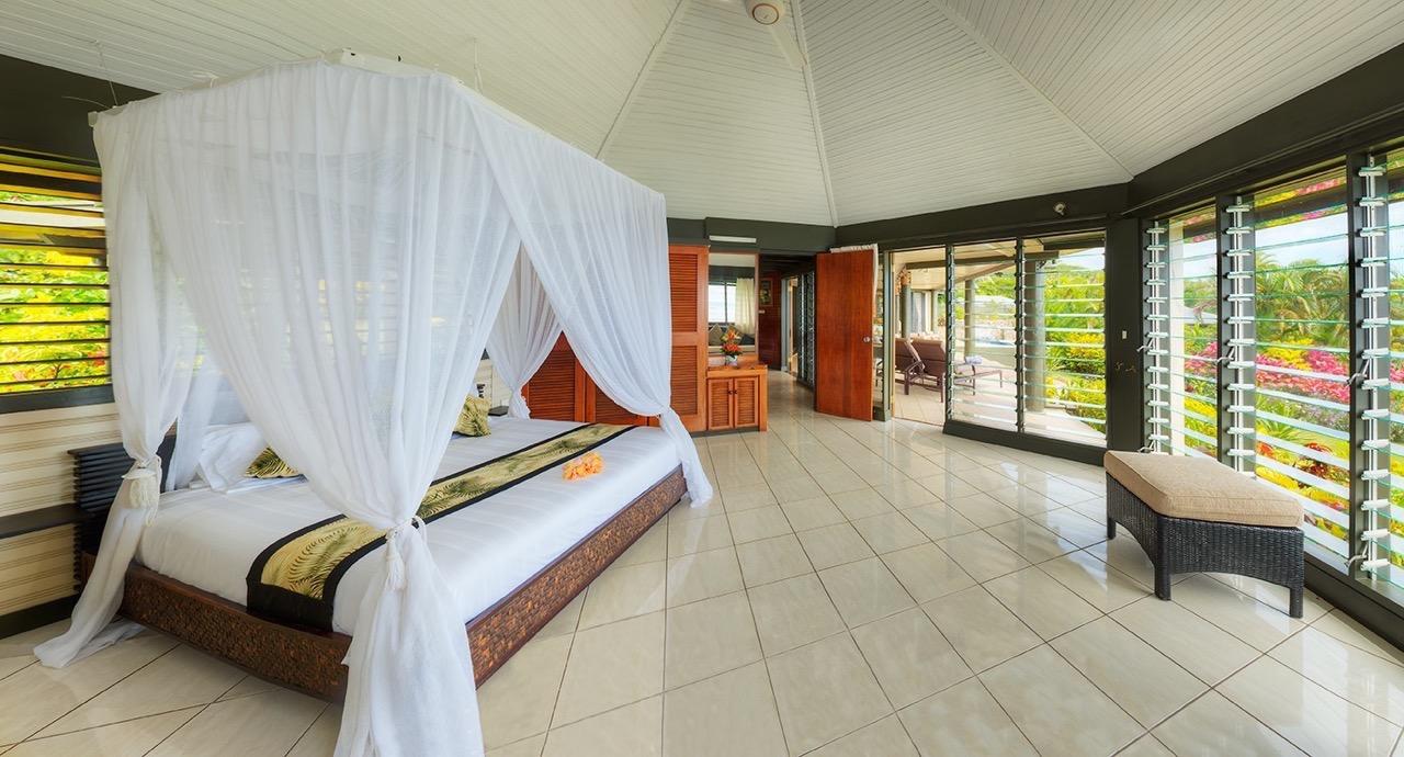 Grand Matalau Luxury Villa Bedroom
