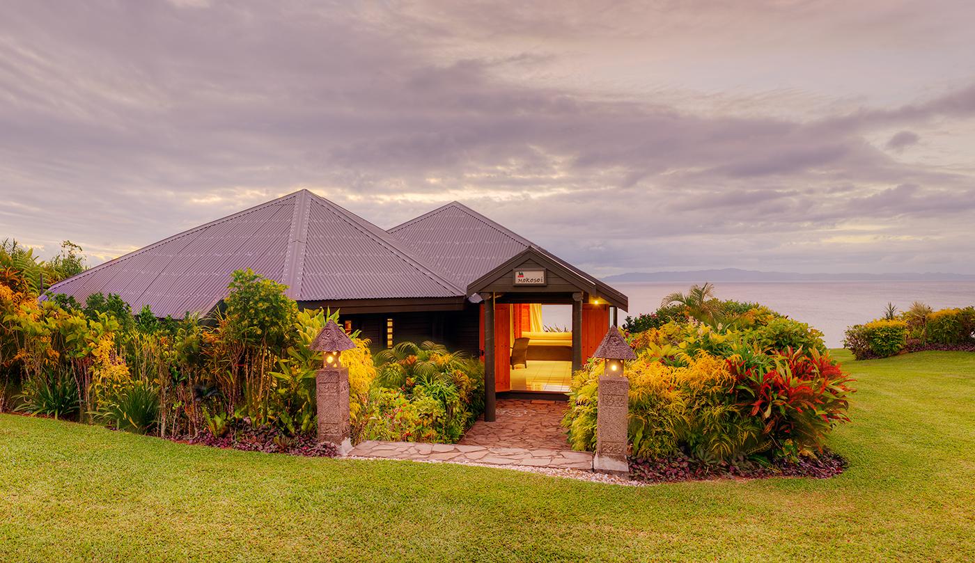 Luxury Ocean Front Villa Accommodati