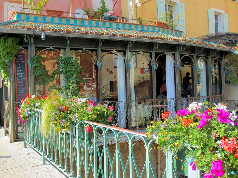 Cafe Terrasse.jpg