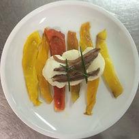 Filettino di peperono con bocconcino di fior di latt con acciughe dell'Adriatico