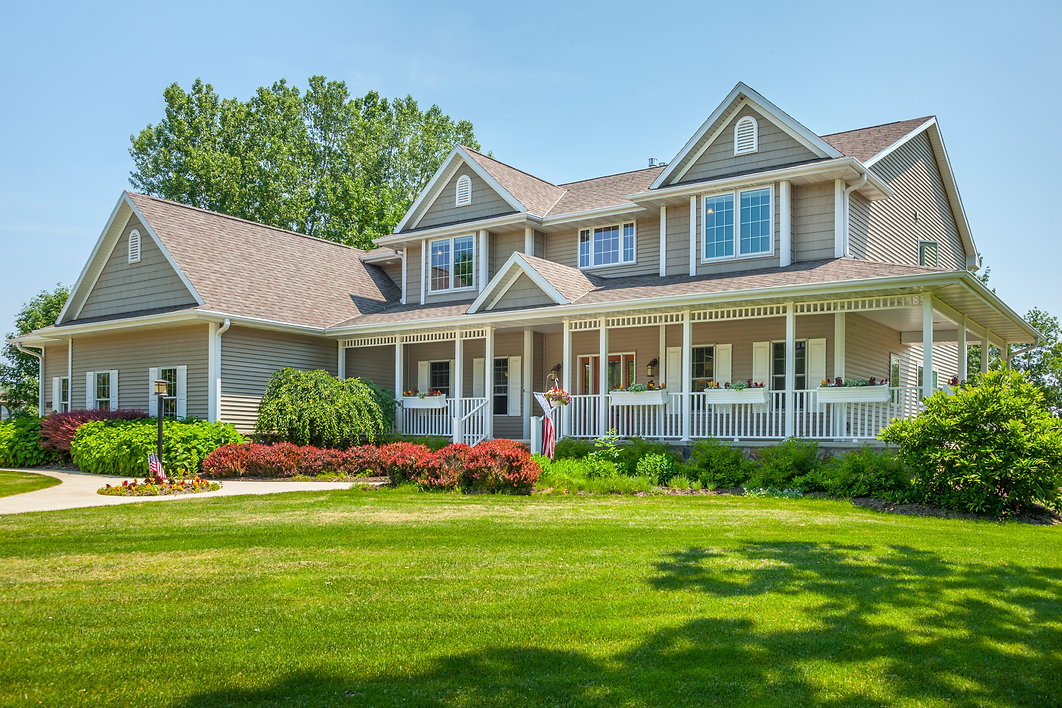 Perfect,-Maintenance-Free-Home-With-Cove