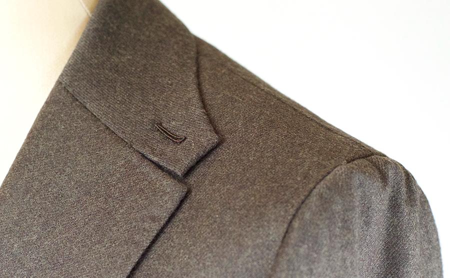 Мужской пиджак в колониальном стиле
