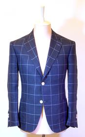 Мужской летний пиджак с накладными карманами