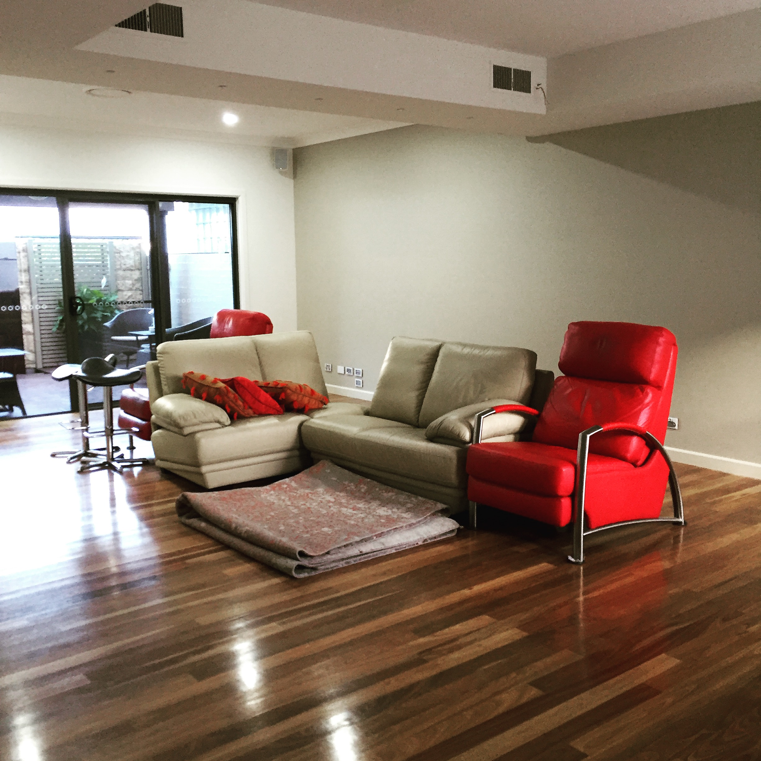 Cooks Hill Apartment