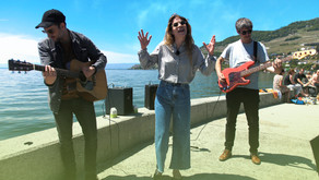 Anna Rossinelli et son groupe jouent au lac de Genève à la fin de la tournée