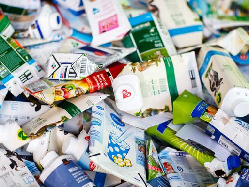 Le Temps écrit sur le manque d'un système de collecte des briques de lait en Suisse.