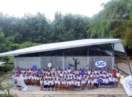 THAILAND: IN DER 'ECO-KANTINE' BEGINNT FÜR GEBRAUCHTE KARTONPACKUNGEN DAS ZWEITE LEBEN