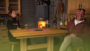 Anna besucht den Bergführer Benny Jossen