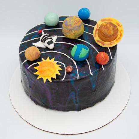 Planet -galaxy cake-1.jpg