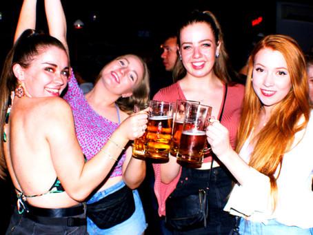 Make new friends: Erasmus Meetups every week