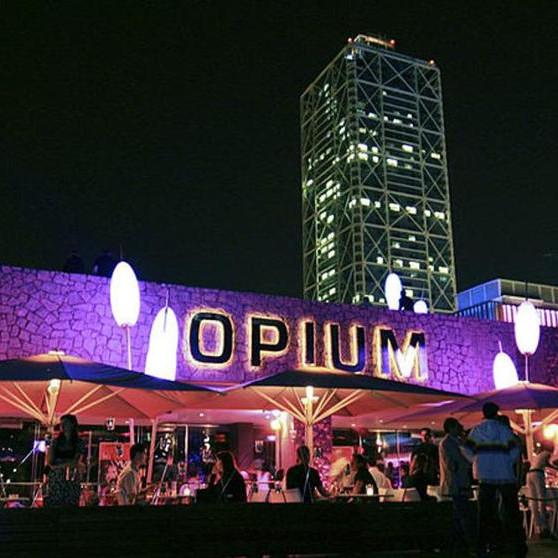 OPIUM Monday Terrace party
