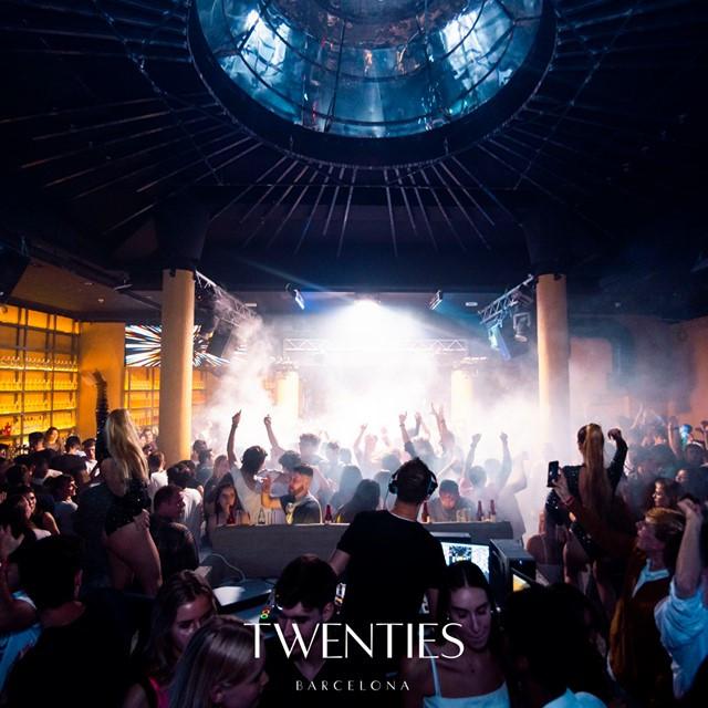 Sunday Opening International Party at Twenties Barcelona