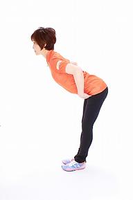 4.膝を伸ばして
