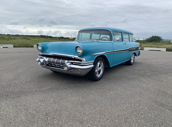 1957 Pontiac Pathfinder Deluxe Wagon