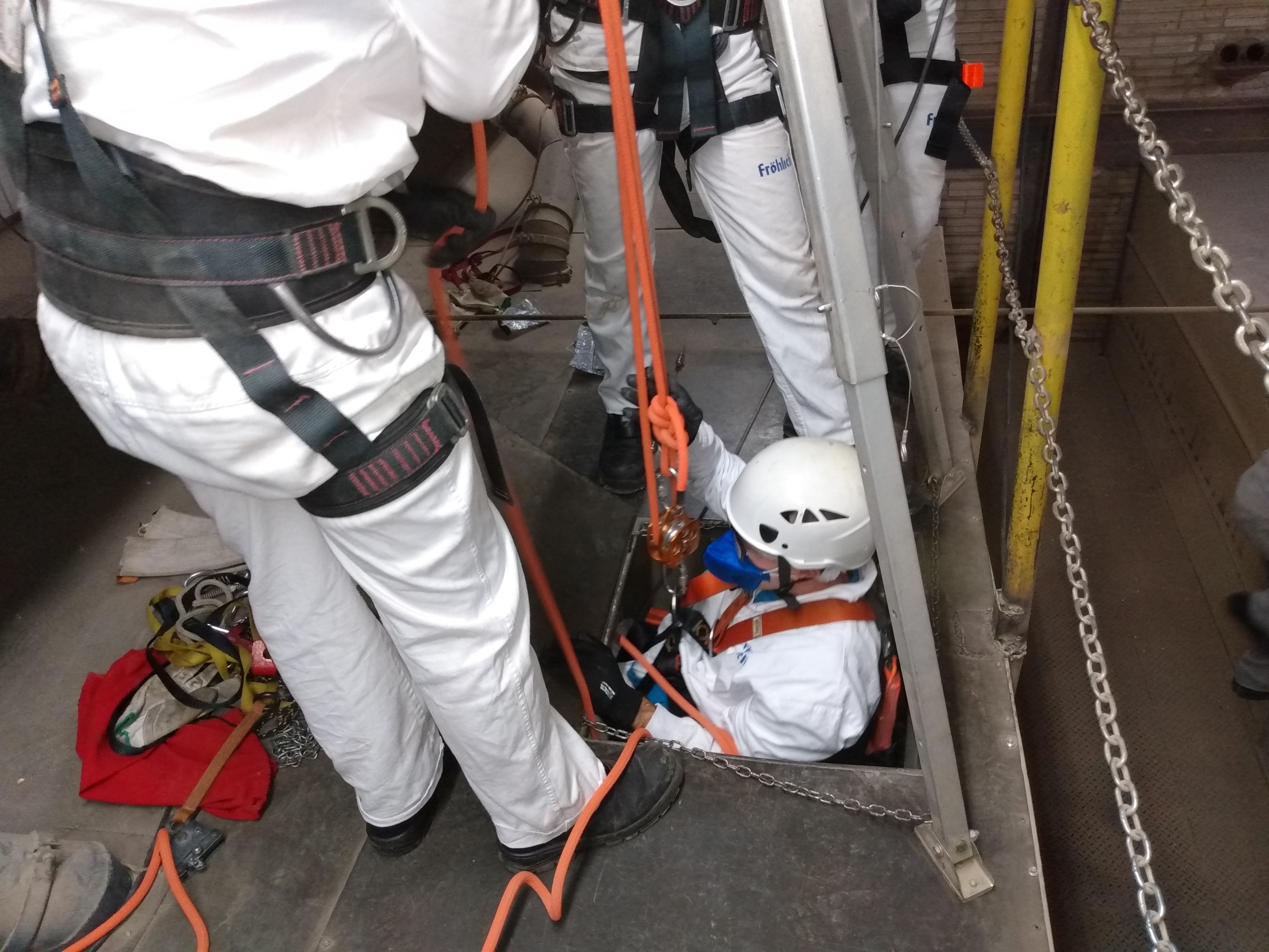NR 33 Segurança do trabalho em espaços confinados