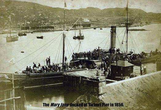 4. The Mary Jane  docked at Tarbert Pier