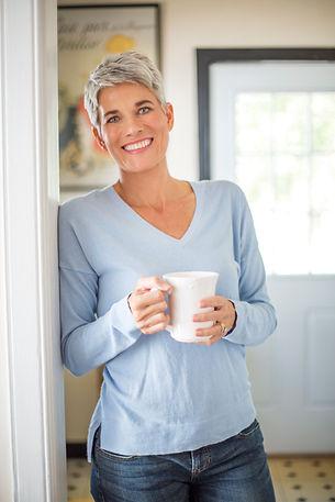 Retrato de mujer de pelo gris