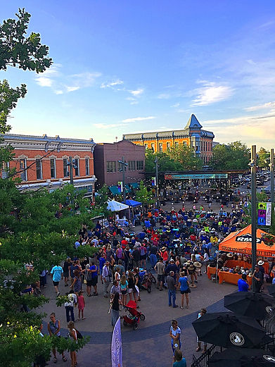 Concert Downtown from Balcony.jpg