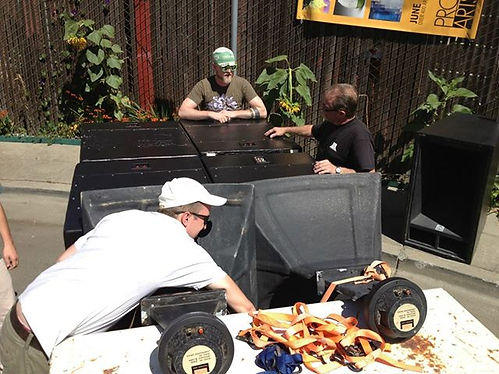 unloading trailer.jpg
