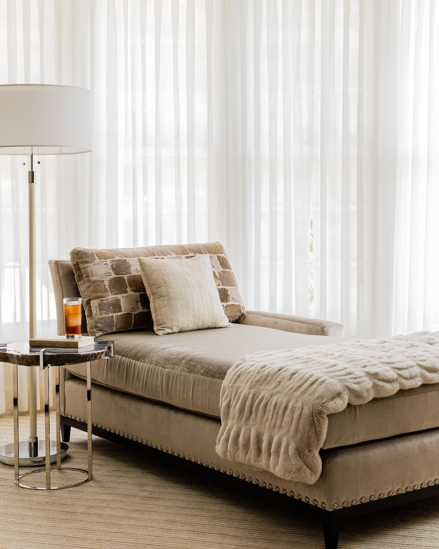 Master Bedroom Lounge Area