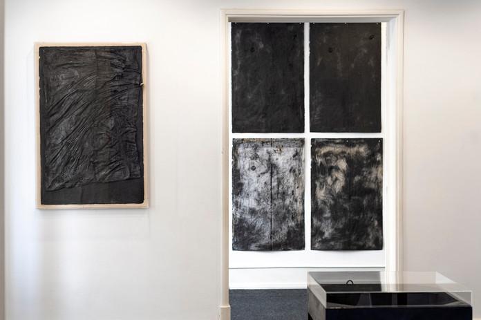 """View """"Com a Mão cheia de Pó"""", 2020, by Rita Gaspar Vieira at Galeria Belo-Galsterer, Feb.-Jul. 2020"""