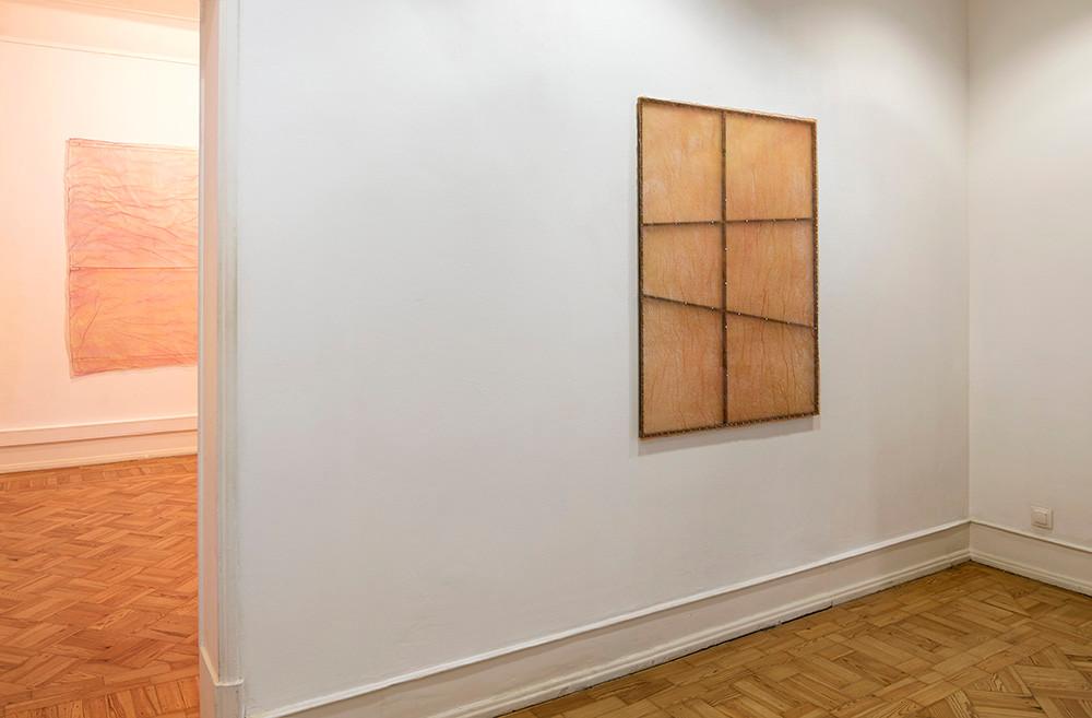 """Vista da exposição """"autoritratto"""" de Renzo Marasca, 2020-2021.    © Eduardo Sousa Ribeiro, 2020."""