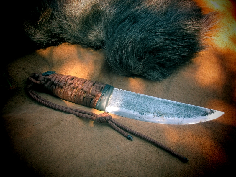 Couteau pleine soie acier carbone