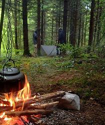 feu; camp; technique survie; groupe; CE; scolaire; règle des 3; 5c; hypothermie; prévention; anticiper; anticipation;