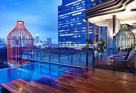 シンガポールのセント・グレゴリーズ スパで開催されたイベント「ウェルネス in ホワイトイベント」で製品と技術のお披露目