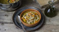zuppa-di-zucca-carote-e-legumi