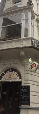 cafe13.jpg