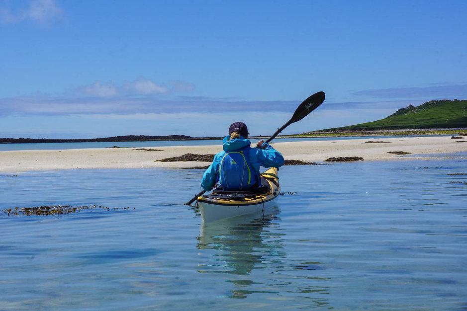 Sea_kayaking_Isles_ of_Scilly_Evoke_Adve