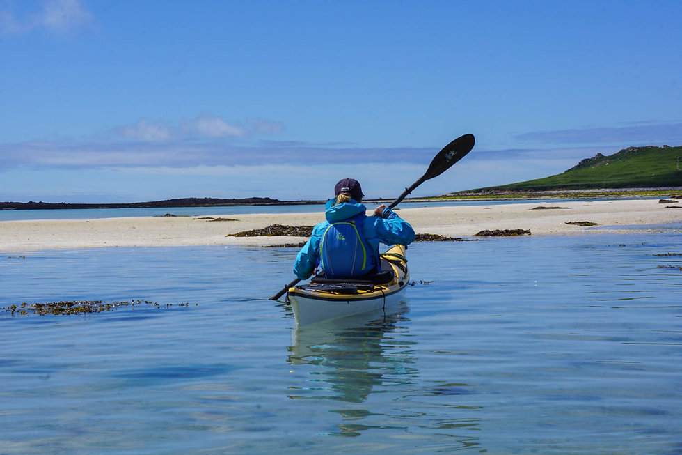 Sea_kayaking_Isles_ of_Scilly_Evoke_Adve