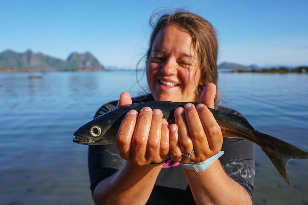 Prize_catch_kayak_fishing_lofoten_evoke_