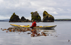 Sea_kayaking_in_Kelp_scotland_evoke_adve