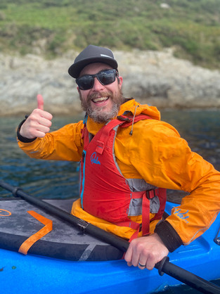 Happy_Kayaker_cornwall_evoke_adventure.j