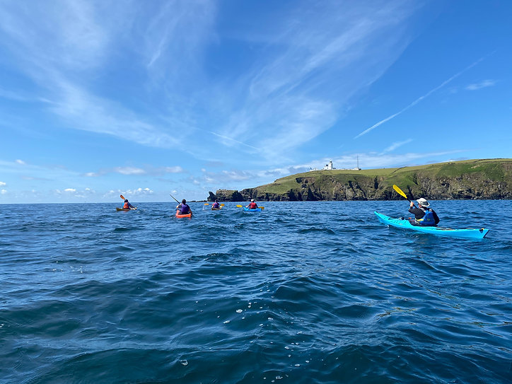 Kayaking_in_Cornwall_evoke_adventure.jpg