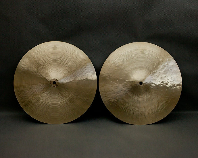 "13,7"" (350mm) Hi-hats, 1220 / 745 grams, B20"
