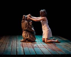 Mahima as Niobe w Aoife Williamson